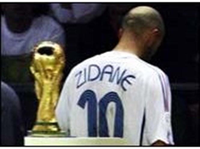Kupanın en iyisi Zidane